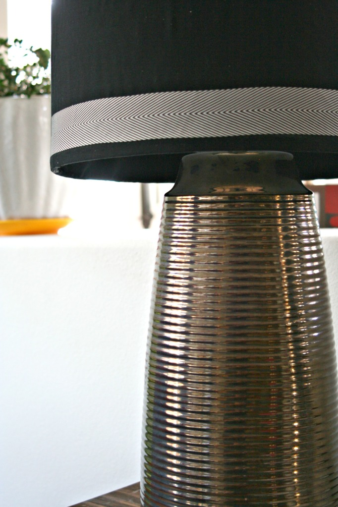 vintage lamp_detail